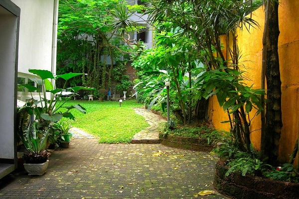 Home garden design in sri lanka for Home landscape design sri lanka