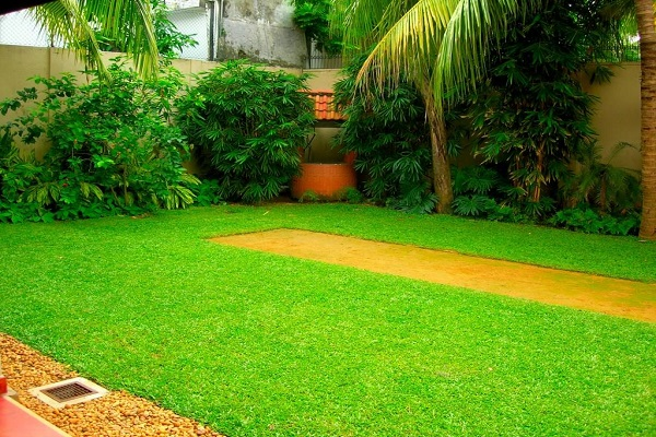 House of green completed gardens aslam o 1 38 garden for Home landscape design sri lanka